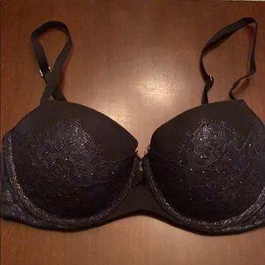 "Victoria's Secret ""Very Sexy"" 32D"